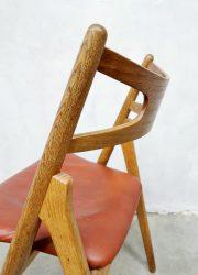 vintage eetkamerstoelen Hans J Wegner CH29 sawbuck chairs