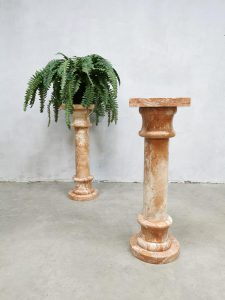 Antique marble column plant stand pillar marmeren zuil 'marble pink'