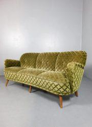 Vintage retro cocktail sofa bank green velvet 'ton sur ton'