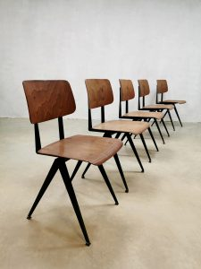 Vintage industrial stacking school chairs stoelen Galvanitas