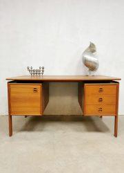 Danish design midcentury bureau desk Arne Vodder GV Mobler