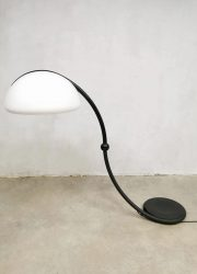 Vintage design 'Serpente' floor lamp booglamp Elio Martinelli Luce 5