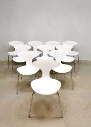 Design 'Orbit' stacking chairs eetkamerstoelen Ross Lovegrove Bernhardt Design