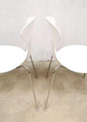 design dining chairs eetkamerstoelen orbit plastic stacking chair Ross Lovegrove, from Bernhardt Design 8