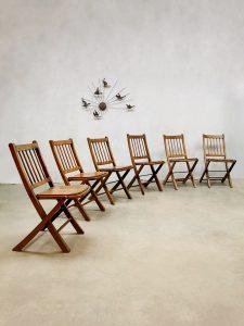 Antique Asian folding garden chairs inklapbare tuinstoelen