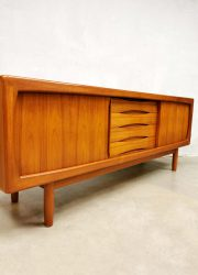 Burchardt Nielsen sideboard cabinet dressoir