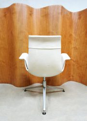 Tulip Kill Preben Fabricius chair bureausteoel white leather