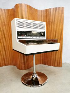 Vintage design Rosita Space Age Commander music player stereo set