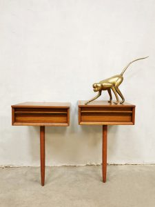 Midcentury Danish floating night stands nachtkastjes 'sleeping beauty'