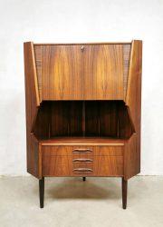 vintage Deense palissander cabinet rosewood corner hoekkast Danish design