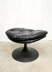 vintage hocker ottoman foot stool kruk Artifort Geoffrey Harcourt design voetenbankje