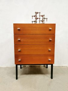 Vintage teak cabinet chest of drawers ladekast Pierre Guariche voor Meurop