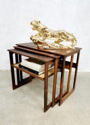 gouden tijger beeld golden tiger statue
