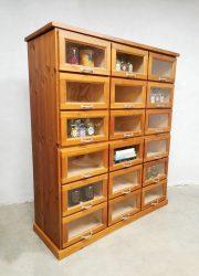vintage industrial chest of drawers display ladekast vitrine kast schoolkast industrieel
