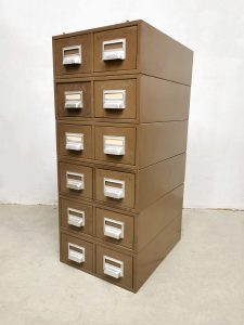 File cabinet archief ladekast industrial Addressograph industrieel vintage