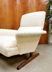 Danish armchair lounge fauteuil