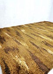 Jaren 70 handgeweven vloerkleed handwoven tapestry seventies design vintage tapijt