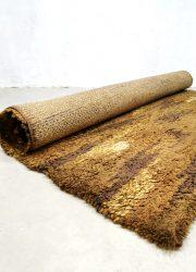 Tapijt handgeweven vintage jaren 70 handwoven carpet seventies tapestry