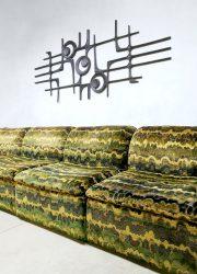 vintage jaren 70 seventies design lounge bank modular sofa retro army print