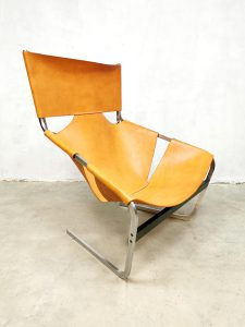 Vintage leather lounge chair fauteuil Pierre Paulin Artifort F444