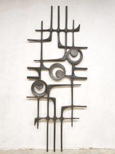 Brutalist wall art sculpture vintage wanddecoratie '70's statement piece'