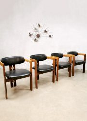 Italian design dining chairs Pamplona Pozzi