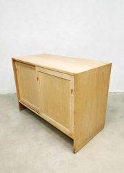 Ry Mobelfabrik light oak series Hans Wegner
