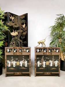 Asian cabinet chest of drawers Aziatische kast 'Chinoiserie'