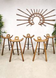 Midcentury design Spanish bar stools Spaanse bar krukken Brutalist