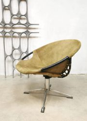 vintage swivel balloon chairs Lusch & co easy chair fauteuil