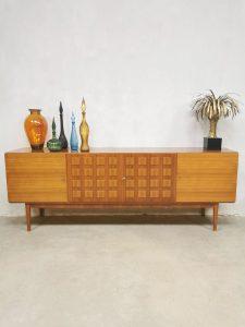 Midcentury vintage design sideboard dressoir 'Cubism'