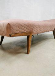 Midcentury modern Danish design daybed Deens ligbed 'Dusty pink hexagon'