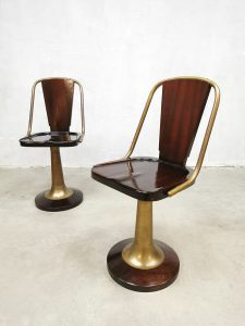 Midcentury design mahogany brass 'Nautical' barstools krukken