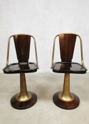 Midcentury design mahogany brass 'Nautical' barstools krukken