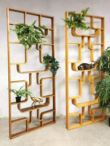 Drevopodnik Holesov vintage midcentury design