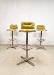 retro stool Vintage design Space Age bar stools barkrukken 'green velvet'