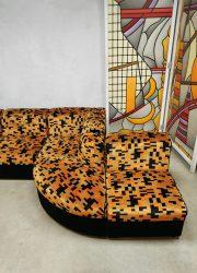 Velvet modular lounge sofa vintage design retro jaren 60 70 print
