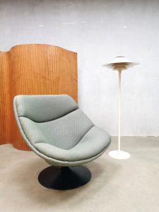 Vintage Dutch design swivel chair draaifauteuil Artifort Pierre Paulin F557