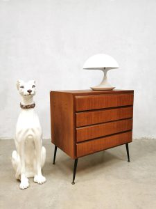 Midcentury Danish design teak chest of drawers cabinet Deense ladekast