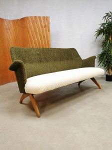 Vintage midcentury design sofa bank Theo Ruth Artifort 'Bouclé'
